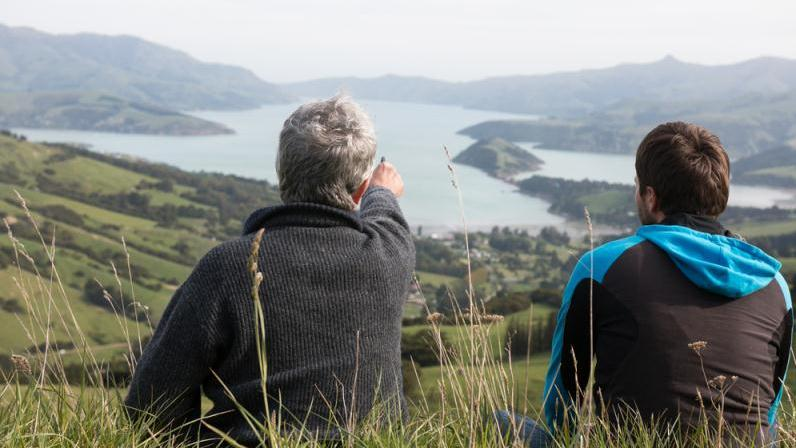 /excursion-image/akaroa-new-zealand/the-volcanic-peninsula-with-farm-visit/117914_160202101402.jpg