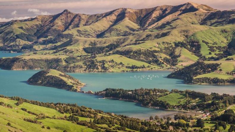 /excursion-image/akaroa-new-zealand/volcanic-peninsula-and-christchurch-city/117912_160113100420.jpg