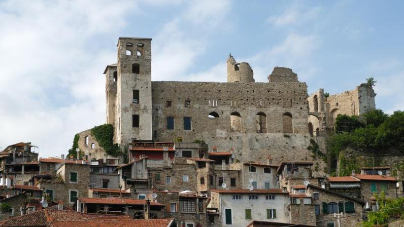 /excursion-image/alghero-sardinia/half-day-castelsardo-tour/102745_150122105442.jpg