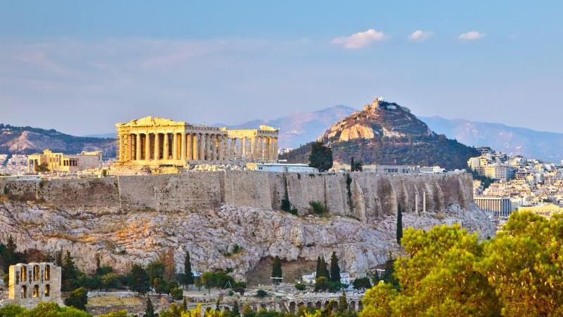 /excursion-image/athens-piraeus-greece/transfer-from-athens-hotel-to-cruise-ship-or-vice-versa/062386_130625010707.jpg