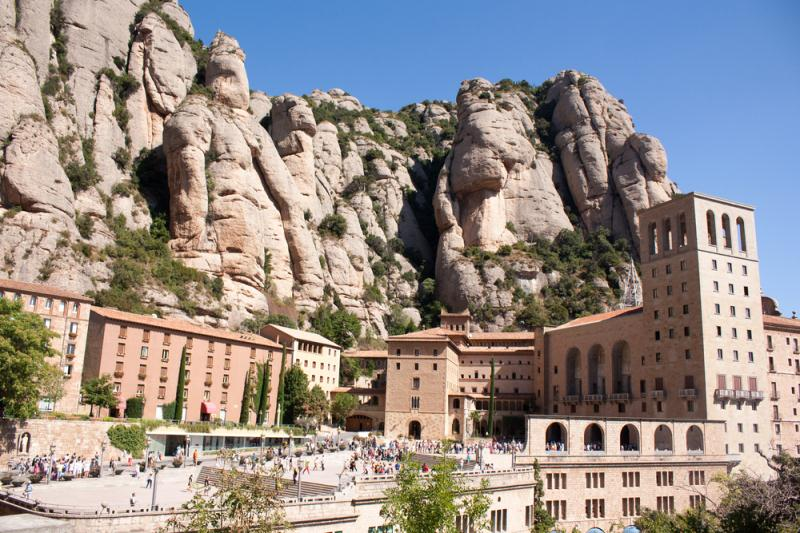 /excursion-image/barcelona-spain/precruise-montserrat-express-with-pick-up-at-hotel/117969_160114105236.jpg