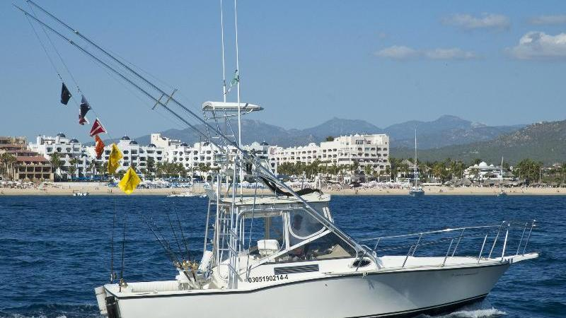 /excursion-image/cabo-san-lucas-mexico/half-day-deep-sea-fishing-charter/059564_110902114718.jpg