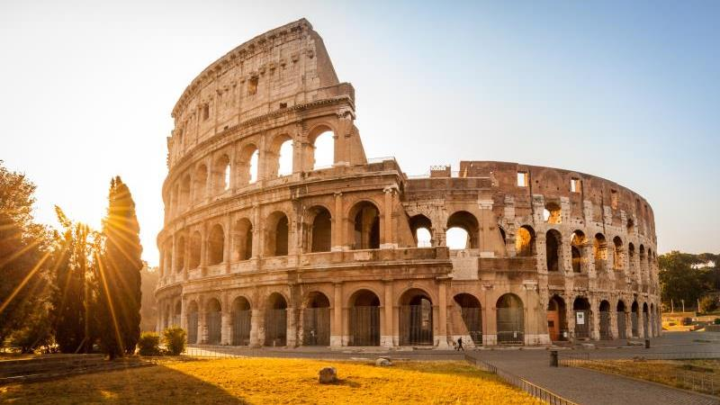 /excursion-image/civitavecchia-rome-italy/private-rome-for-kids-with-colosseum-and-castel-santangelo/143670_160419010041.jpg