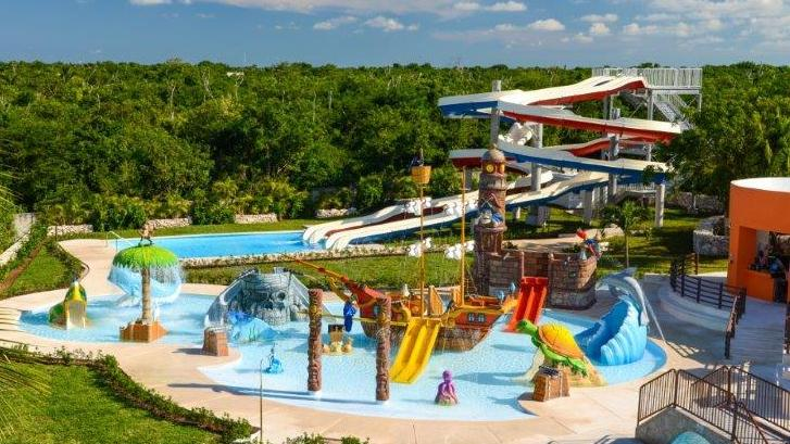 /excursion-image/cozumel-mexico/cozumels-grand-beach-and-water-park-playa-mia/085626_130819021931.jpg