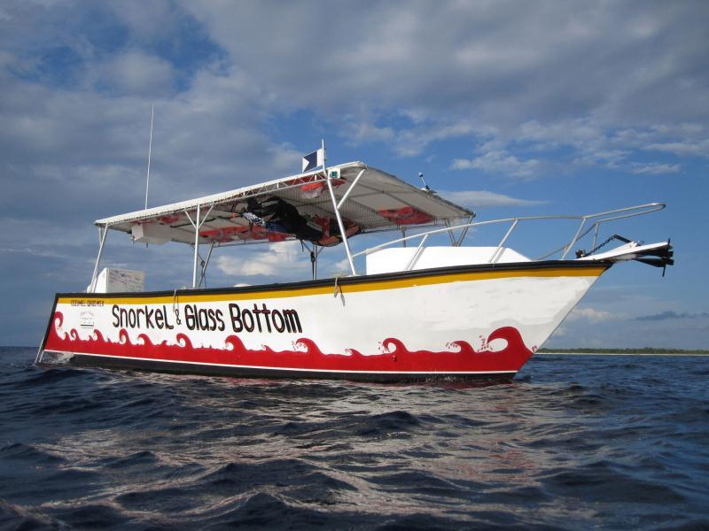 /excursion-image/cozumel-mexico/three-reef-snorkel-by-glass-bottom-boat/094262_140529022259.jpg