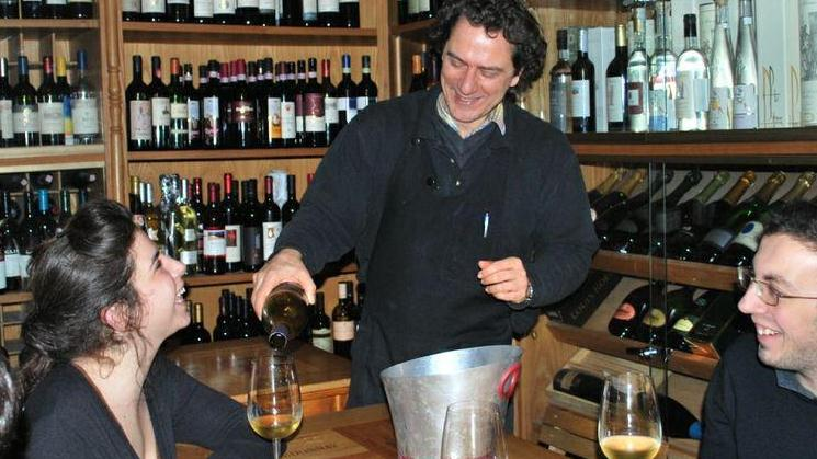 /excursion-image/florence-italy/wine-cheese-and-olive-oil-tasting-experience/030064_130122021805.jpg
