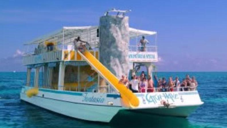/excursion-image/freeport-bahamas/double-decker-catamaran-fun-with-snorkel/008470_121128113812.jpg