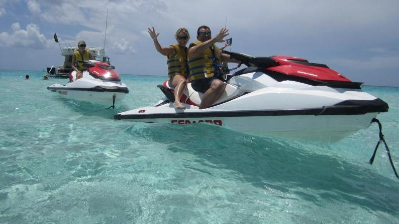/excursion-image/grand-cayman-george-town/snorkel-safari-by-waverunner/049688_120719012900.jpg