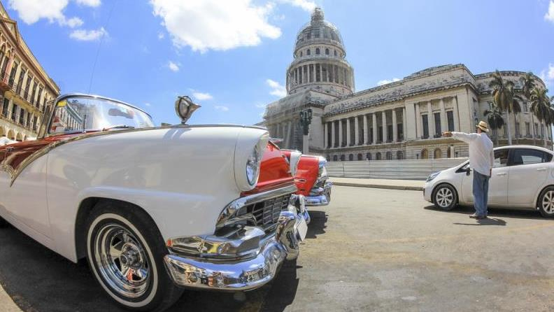 Havana Walking And Classic Car Tour - Havana Walking And Classic Car Tour. Copyright ShoreTrips.com.