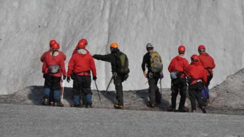 /excursion-image/juneau-alaska/glacier-trek-level-1-via-helicopter/004079_131122095843.jpg