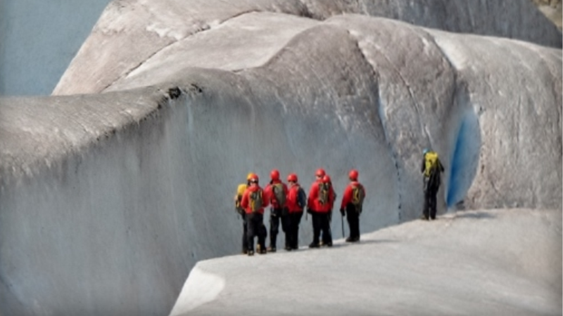 /excursion-image/juneau-alaska/glacier-trek-level-2-via-helicopter/001812_140421115325.jpg