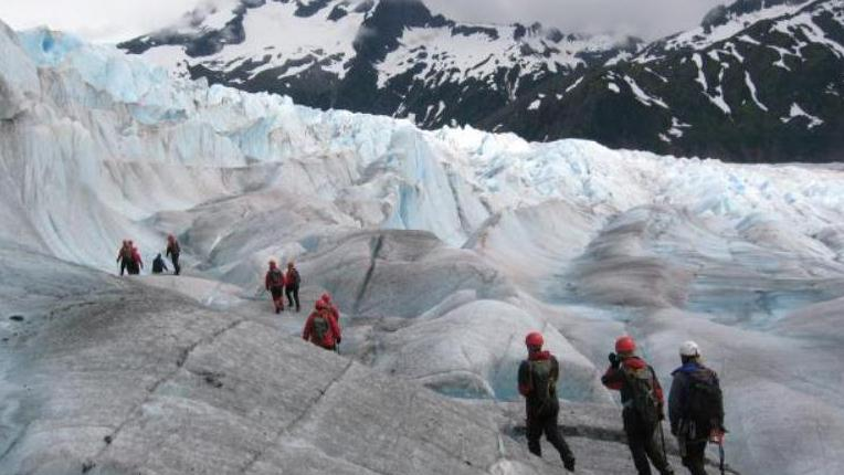/excursion-image/juneau-alaska/glacier-trek-level-3-xtrek-via-helicopter/001820_111109044151.jpg