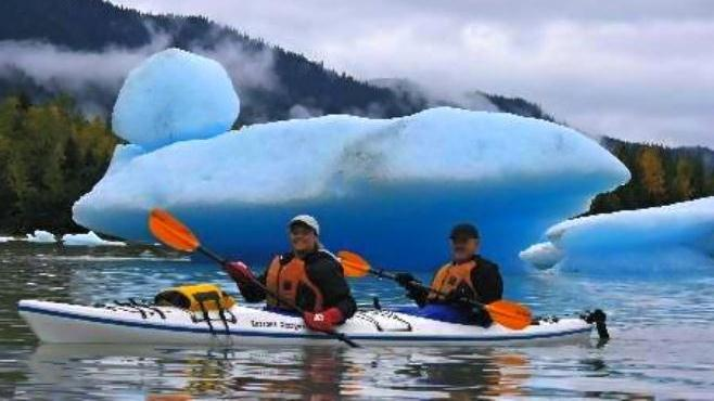 /excursion-image/juneau-alaska/guided-mendenhall-lake-paddle/033757_151221095345.jpg