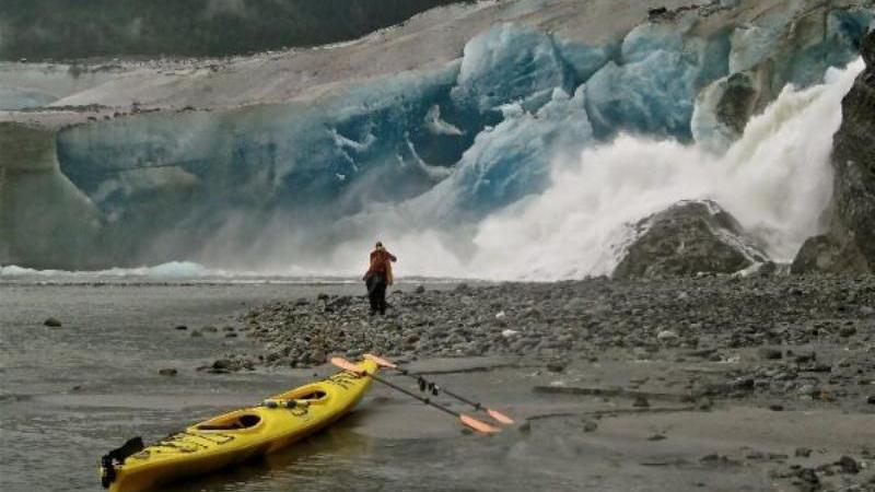 /excursion-image/juneau-alaska/private-tour-guided-mendenhall-lake-paddle/117063_151221095426.jpg