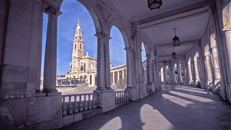 /excursion-image/lisbon-portugal/the-shrine-of-fatima-group-trip/031692_121003102810.jpg