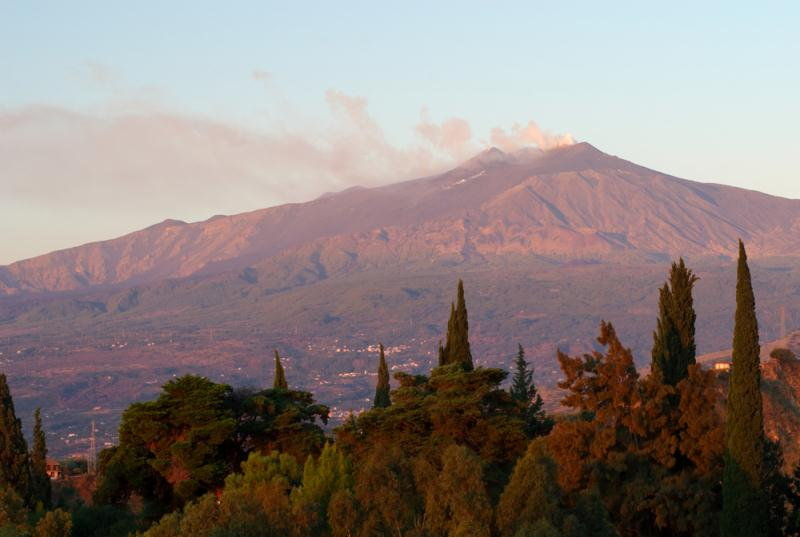 /excursion-image/messina-sicily/mt-etna-and-taormina-full-day-tour/089275_130305114047.jpg