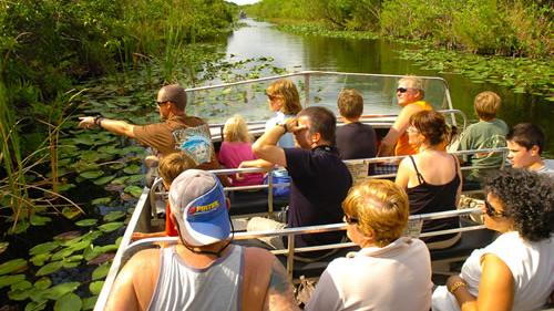 /excursion-image/miami-fort-lauderdale-florida/post-cruise-everglades-airboat-adventure/063676_110902122710.jpg