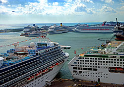 /excursion-image/miami-fort-lauderdale-florida/transfer-from-miami-airport-to-port-everglades-or-vice-versa/059980.jpg