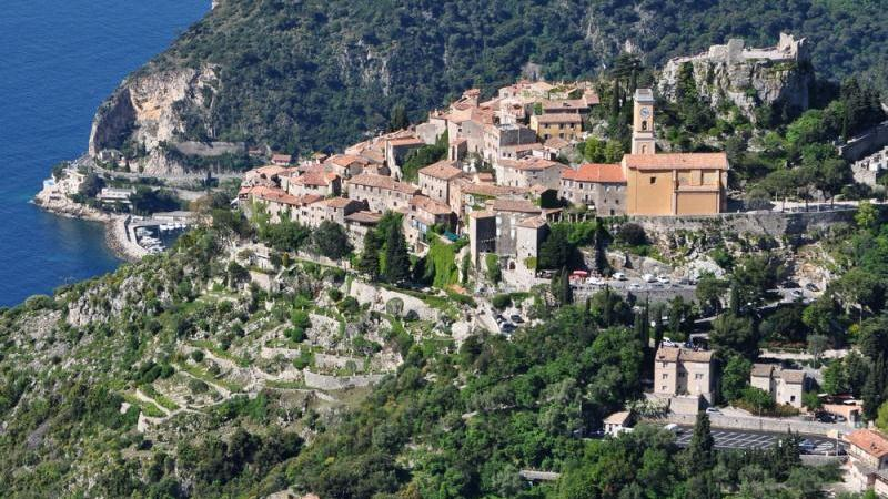 /excursion-image/monte-carlo-monaco/eze-la-turbie-and-monte-carlo-a-shoretrips-premium-shared-van-tour/011309_130502124054.jpg