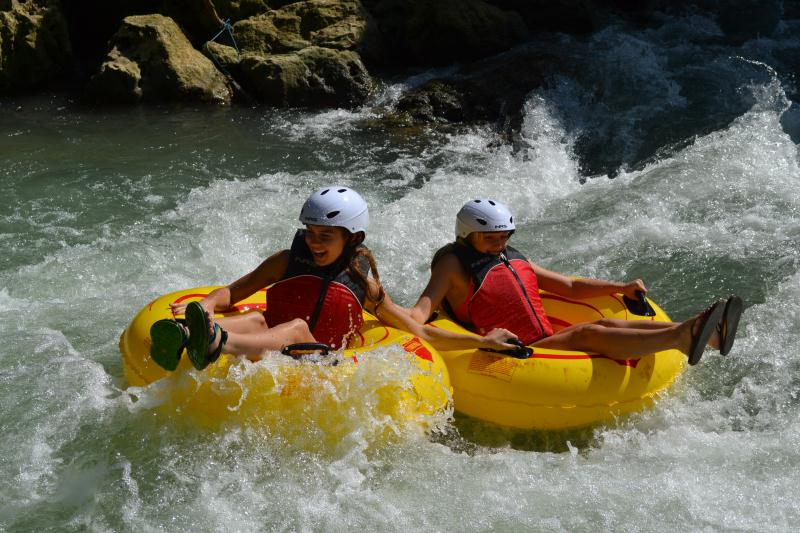 /excursion-image/montego-bay-jamaica/tubing-adventure-jamaicas-waters/079444_121203052255.jpg