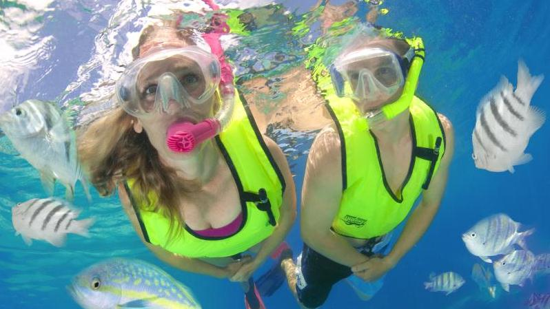/excursion-image/nassau-bahamas/dedicated-3stop-snorkeling-trip/000730_140417120659.jpg