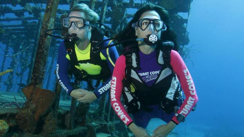 /excursion-image/nassau-bahamas/scuba-2-tank-dive-for-certified-divers/000727_140417121816.jpg