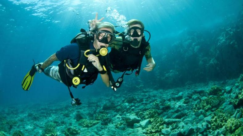 /excursion-image/nassau-bahamas/scuba-private-boat-charter-2-tank-dive-for-certified-divers/032394_140417013134.jpg