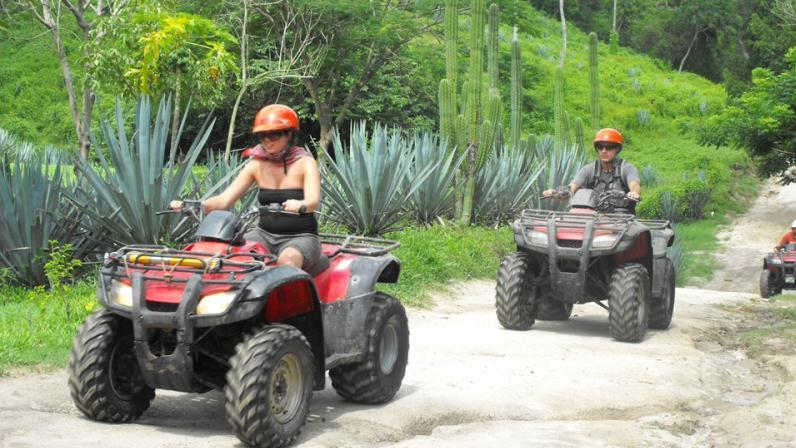 /excursion-image/puerto-vallarta-mexico/combo-tour-atv-and-canopy-zipline/022636_140905101803.jpg