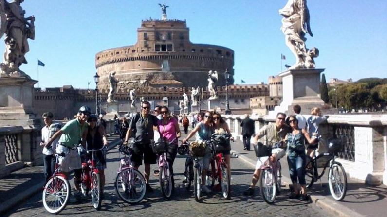 /excursion-image/rome-italy/cruiser-bike-tour/039196_130123123341.jpg