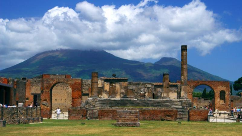 /excursion-image/salerno-italy/pompeii-and-the-amalfi-coast-experience/062837_111115105518.jpg