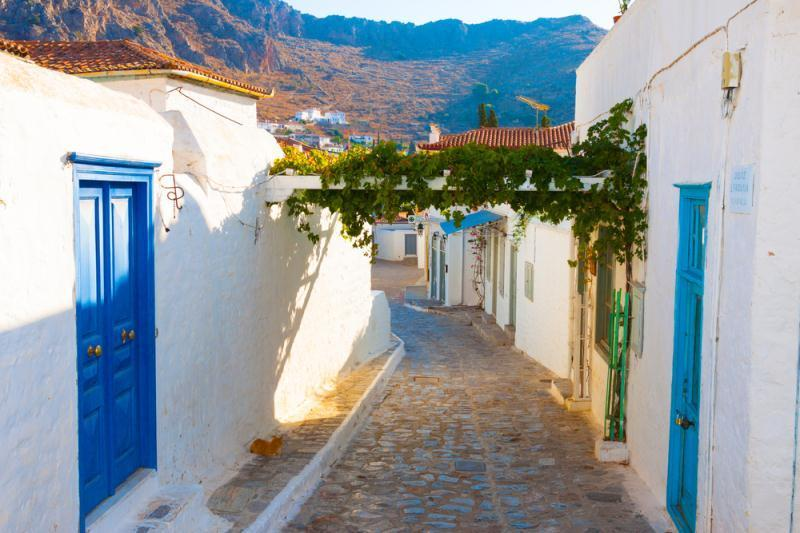 /excursion-image/santorini-greece/half-day-highlights-and-winery-tour/053998_130213041607.jpg