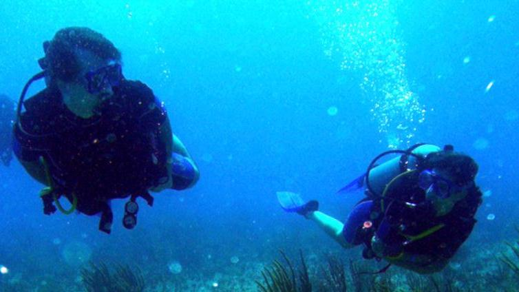 /excursion-image/santorini-greece/two-tank-dive-for-certified-divers/016482_111114025353.jpg