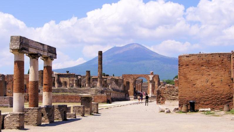/excursion-image/sorrento-italy/pompeii-and-the-crafts-of-sorrento/104528_150223103507.jpg