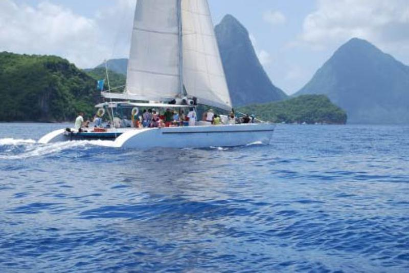 /excursion-image/st-lucia-castries/catamaran-day-sail-with-lunch-snorkel/001723_130628011703.jpg