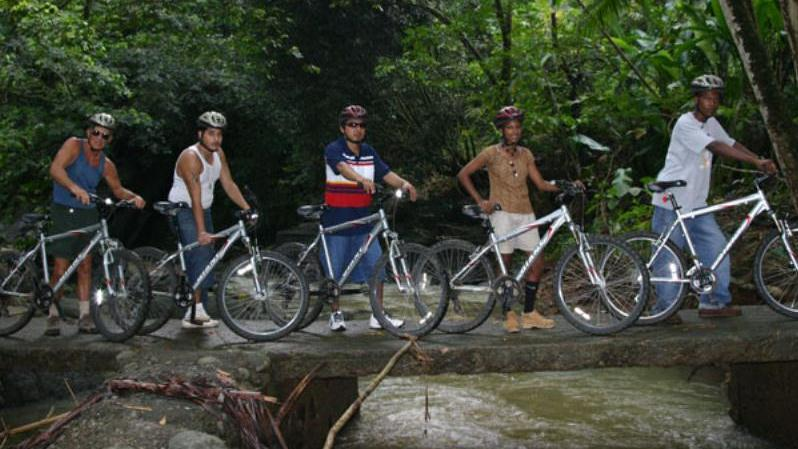 /excursion-image/st-lucia-castries/rainforest-cycling-adventure-for-cruise-ship-passengers/019417_140807115636.jpg