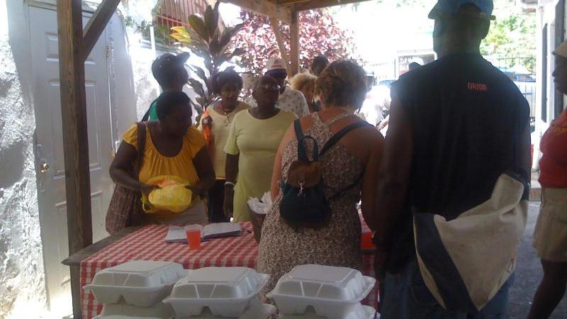 /excursion-image/st-lucia-castries/shoretrips-give-community-cleanup-and-meal-program/086202_130910105618.jpg