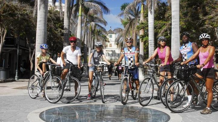 /excursion-image/st-martin-st-maarten/bike-historic-philipsburg/057113_111110025303.jpg
