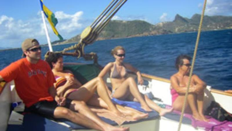 /excursion-image/st-martin-st-maarten/sail-on-this-gorgeous-schooner/054768_110913094213.jpg
