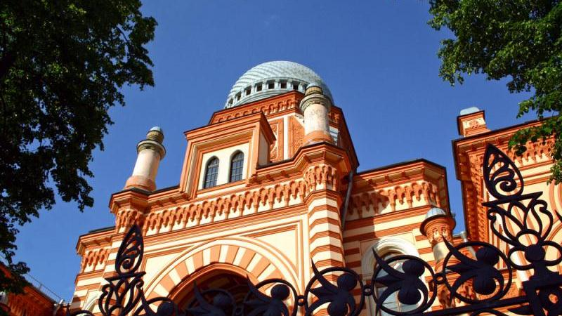 st petersburg jewish singles Nearly two weeks of travel will take you from vilna and kaunas, riga and tallinn to st petersburg,  15-day jewish group tour of eastern europe tours .