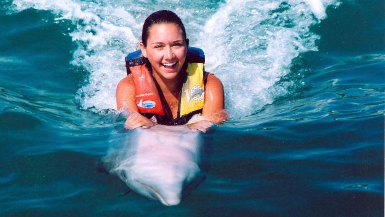 /excursion-image/tortola-bvi/dolphin-swim-adventure-in-tortola/008254_120502115831.jpg
