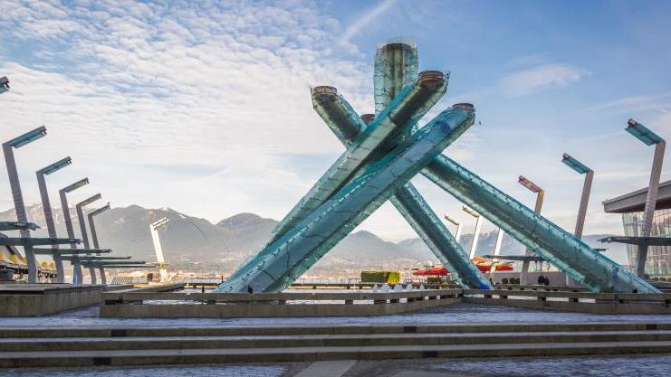 /excursion-image/vancouver-british-columbia/precruise-tour-private-vancouver-highlights-with-granville-island-airport-pick-up/147027_170525100955.jpg