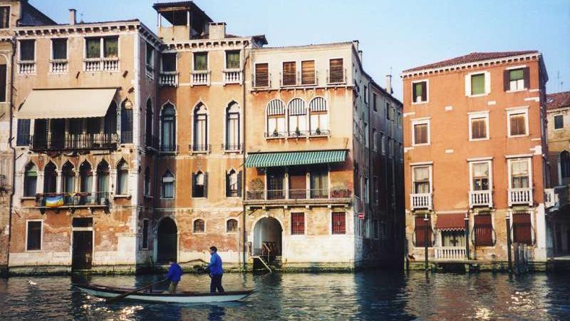 /excursion-image/venice-italy/v-i-p-boat-transfer-between-cruise-ship-and-hotel/049516_110906015459.jpg